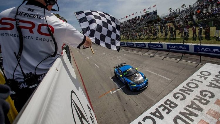 TRG GT4 Crossing Finish line Win
